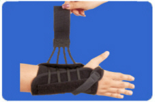 Titan Wrist Support by Hely Weber.